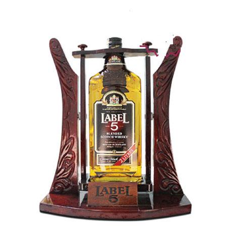 Rượu Whisky Label 5 Kệ Gỗ 2 Lít