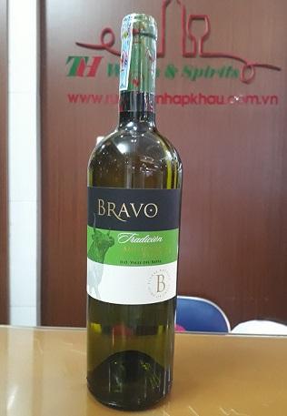 Rượu Vang Chile Bravo Sauvigon Blanc